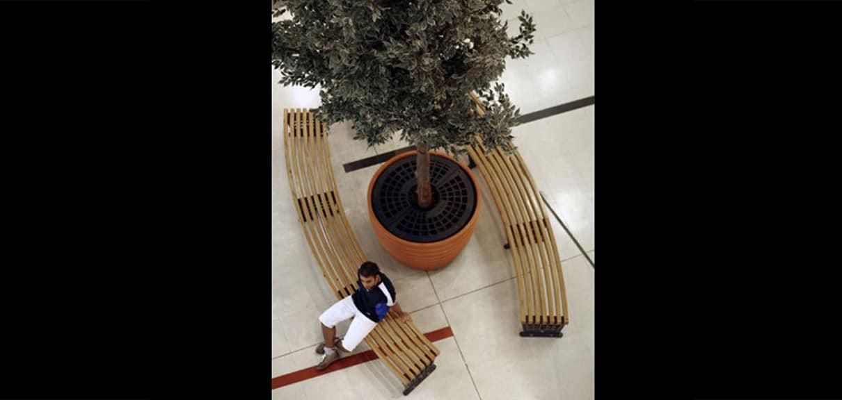 banco madera curvada